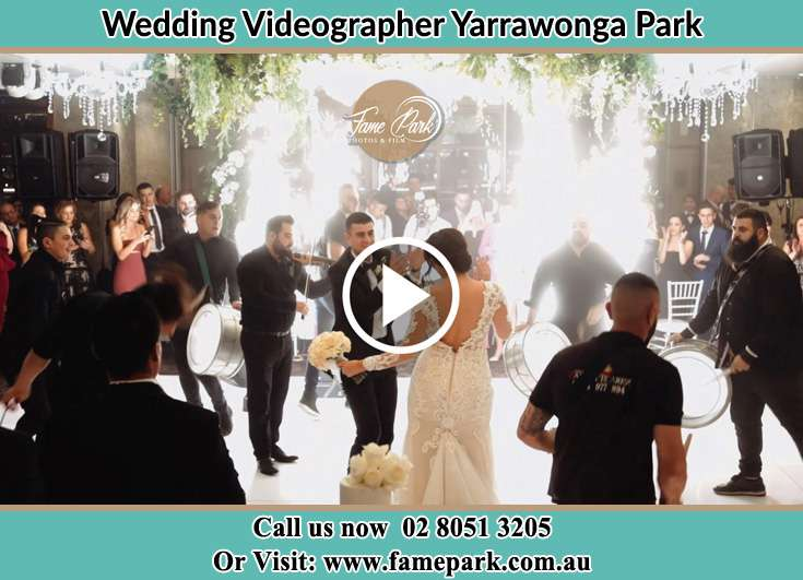 Bride and Groom at the dance floor Yarrawonga Park NSW 2264